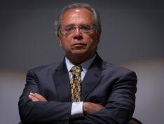 Paulo Guedes ameaça sair do Brasil se reforma da Previdência que defende não for aprovada