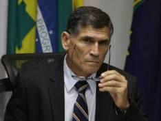 """Demitido, general Santos Cruz atira no governo Bolsonaro: """"é um show de besteiras"""""""