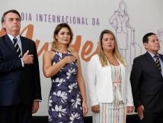 Planalto vai gastar R$ 7,1 milhões em carros de luxo blindados para famílias Bolsonaro e Mourão