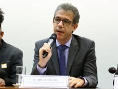 """Arthur Chioro: """"Política de drogas de Bolsonaro é desastrosa e um grande retrocesso"""""""