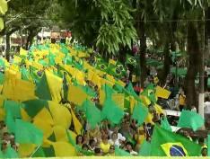 Leitores denunciam esquema profissional em protestos pró-Bolsonaro