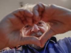 """""""Reparação de Deus"""": Lula comemora vitória de """"Bolão Lula Livre"""" na Mega-Sena"""