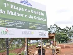 Bolsonaro bloqueia verba de três hospitais universitários que atenderiam 2,7 milhões de pessoas