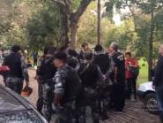 """PM gaúcha prende 51 manifestantes: """"Houve uso desproporcional de força"""", diz deputado"""