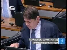 "Senador Cid Gomes propõe CPI para investigar ""conluio"" de Moro com promotores"
