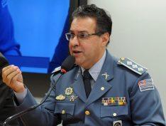 """Líder da bancada da bala diz estar """"desanimado"""" em defender governo Bolsonaro"""