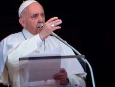 """Em missa de Corpus Christi, Papa critica a ânsia por lucro dos que """"gritam com mais força"""""""