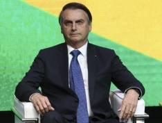 Após ameaças, Bolsonaro manda milícia digital cobrar senadores sobre decreto das armas