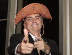 Bolsonaro compara agressão ao Nordeste a chamar repórter do Valor de feia