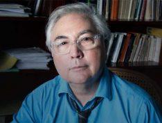 'Vocês estão vivendo um novo tipo de ditadura', avalia sociólogo Manuel Castells sobre governo Bolsonaro
