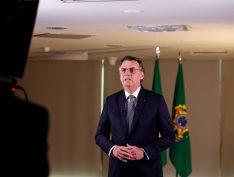 """Ex-ministra diz que Bolsonaro mente sobre 13º para o Bolsa Família: """"É apenas abono"""""""