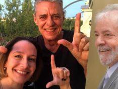 Carol Proner e Chico Buarque vão visitar Lula na próxima semana