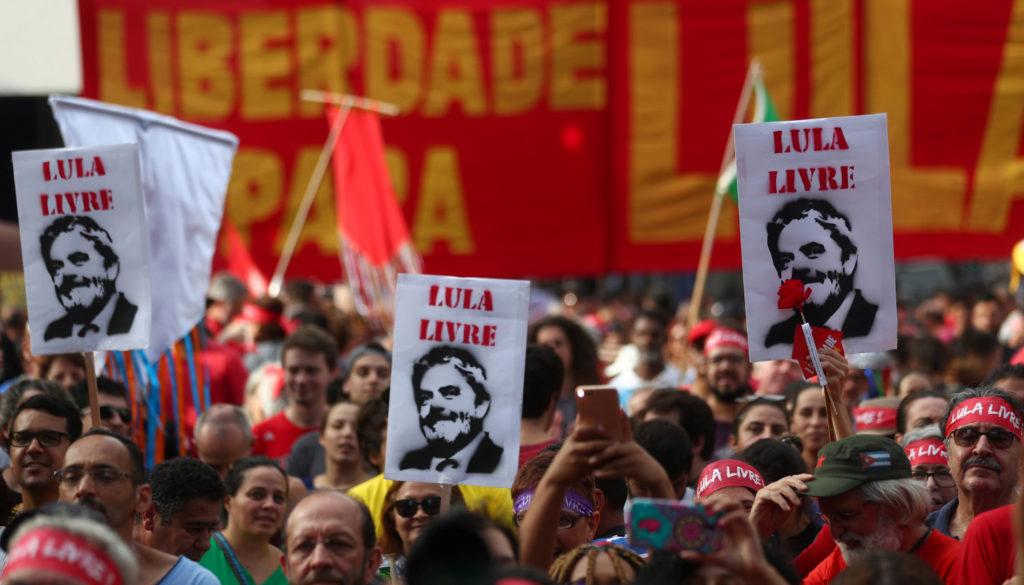 Caravanas saem de todo o Brasil para ato por Lula livre em Curitiba   Revista Fórum