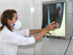 Tuberculose: Bolsonaro corta medicamentos e tratamento de crianças é reduzido em São Paulo