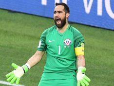 Jogadores da seleção chilena criticam medidas neoliberais que motivaram os protestos no país