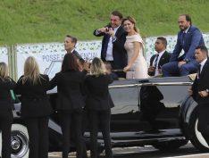 Bolsonaro pede R$ 1,6 bi ao Congresso para bancar troca de carros e obras em estatais