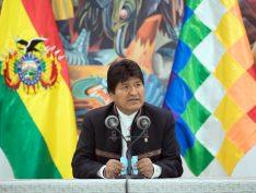 Nova parcial com 97,43% dos votos praticamente garante vitória de Evo Morales em 1º turno