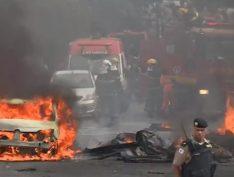 Vídeo: Avião cai sobre carros em rua de Belo Horizonte, em Minas Gerais