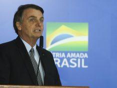 """""""Os militares não se uniriam para uma ditadura Bolsonaro"""", afirma historiador sobre possível AI-5"""