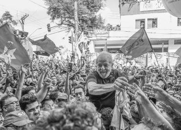 Lula faz planos de rodar o país em caravanas, caso STF rejeite tese de prisão após condenação em 2ª instância