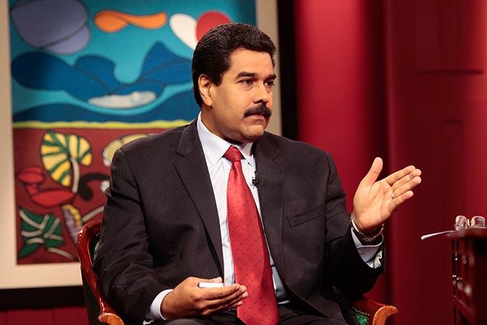 """Maduro anuncia captura de """"espião dos EUA"""" em uma refinaria de petróleo"""
