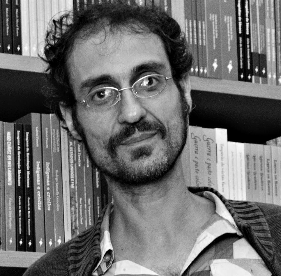 Yuri Martins-Fontes