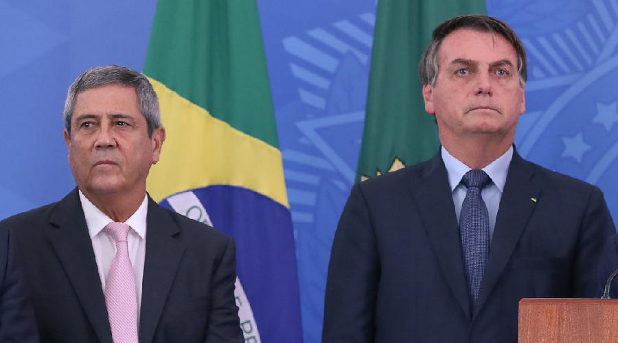 """Jornal italiano fala em golpe branco no Brasil e confirma Braga Neto como """"presidente operacional"""" no lugar de Bolsonaro"""