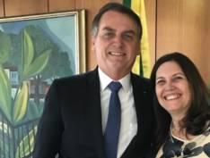 """""""Aproximação com centrão é fundamental para que projetos de Bolsonaro andem"""", diz Bia Kicis"""
