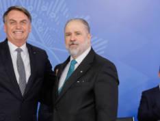 """Bolsonaro defende arquivamento de inquérito: """"Nunca interferi nos trabalhos da Polícia Federal"""""""