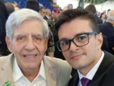 General Heleno tem selfie de encontro com bolsonarista investigado em inquérito das fake news