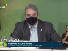 Governo Bolsonaro anuncia datas do Enem mesmo sem  ministro da Educação
