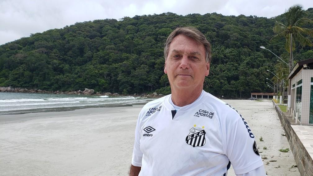 Jogo de cena: Santos diz que sequer foi procurado por Bolsonaro sobre ida à partida thumbnail